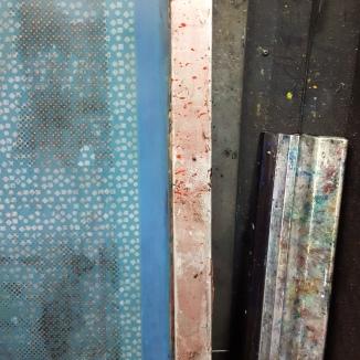 silk-screen=squeegee-textiles-print-london-sonia-b-textiles-embroidery-screen-printing-textiles-design-maker