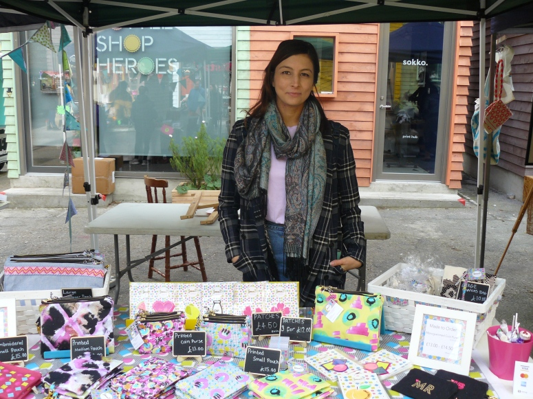 sonia-b-textiles-market-embroidery-crafty-fox